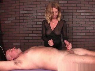 Mature massagist predominates Her customers pecker