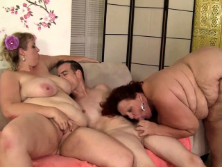 Kinky BBW hook-up with 4 bbw tramps