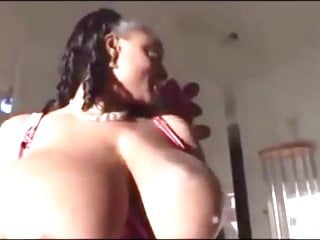 Dark-hued Solo & Her meaty mounds Get blown By ladies four