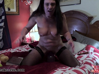 Cougar puts magic wands in her culo and coochie at same time