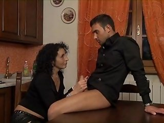 ugly but horny italian mature get fucked
