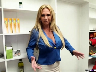 Cougar Offers Her Helping mitt With jizz packed nutsack