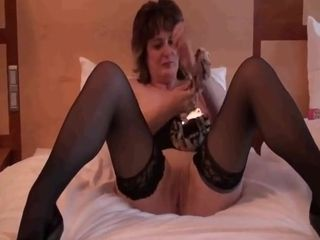 Promiscuous housewife in pantyhose spending an afternoon with her fucktoy