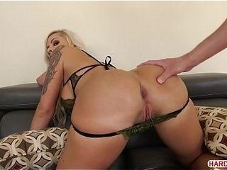 Aged spunk-pump crammed Nina Elle&#039_s butthole