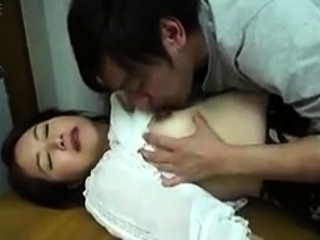 Softcore japanese cougar providing super-steamy blow-job for a cunny munch