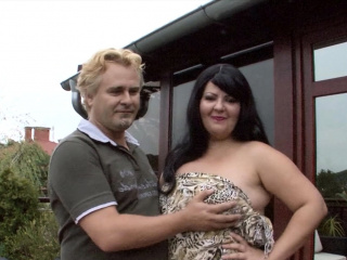 Cheating observe while dark-hued fellow plumb his giant plumper wifey Outdoor