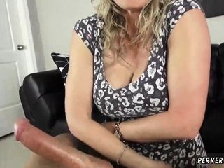 Calendar casting cougar and does pornography very first time This cougar no