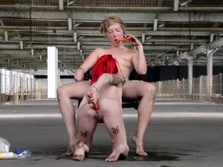 Decameron XXIX - nude and barefooted Italian fucksluts
