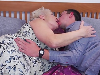 Mature whores suck and fuck young boys