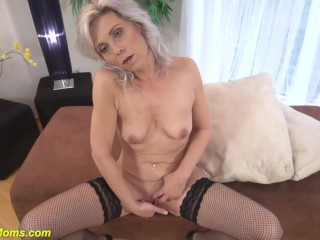 Grandmother frolicking her older dry pussy|16::Mature,25::Masturbation,38::HD,2321::Female climax