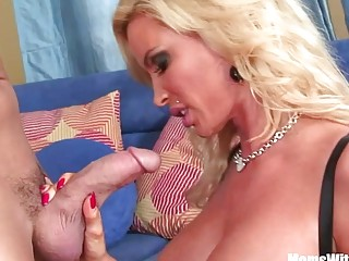 Slutty Blonde Housewife Diamond Foxxx Pierce Pussy