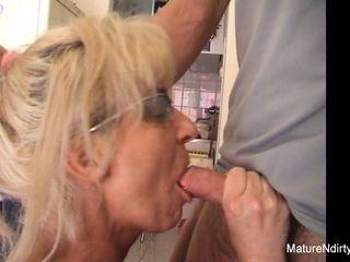 Mature blond super-bitch Receives An buttfuck penetrating - Mature'NDirty