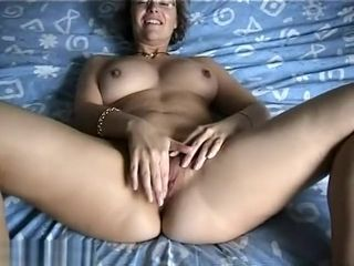 Steamy first-timer cougar Plays With Her gash
