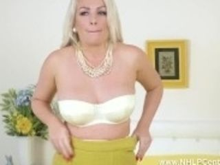 """""""Jerk off on big-chested stunner cent Lee taut cunt in retro girdle mischievous nylons"""""""