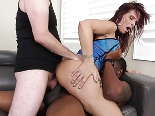 "Mature slut is dual plumbed in a large group bang|<iframe src=""https://embeds.sunporno.com/embed/1364462"" frameborder=""0"" width"
