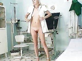 Skinny granny Vera got haired fuck hole