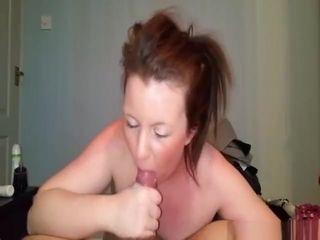 Cougar keeps gargling a cock until she gets a phat facial cumshot