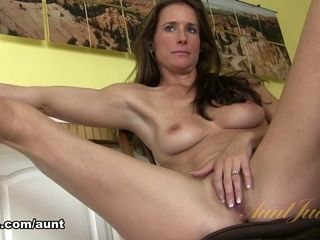 Sofie Marie in getting off video - AuntJudys