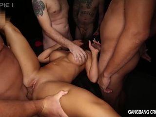 Richelle Ryan vid - GangbangCreampie