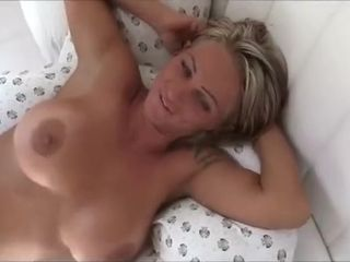 Greatest special wifey, oral pleasure, housewifey fuckfest vid
