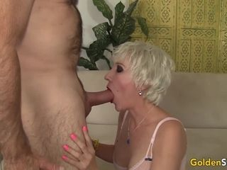 Awesome grannie Dalny Marga Gets nailed intensively by an senior stud