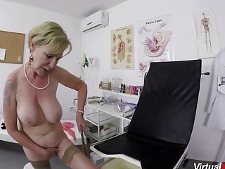 Fat tit unshaved thicket granny gets tough point of view finger-tickled and banged by her therapist