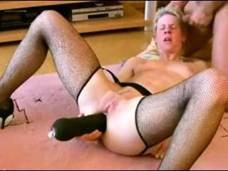 Mature unexperienced wifey playthings gargles and humps with cum shot
