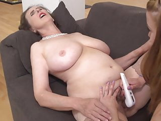 Girl-girl home romp with mature mommy and daughter-in-law