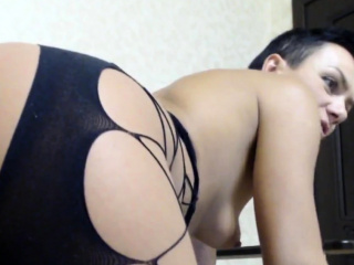 Solo kinky cougar finger-tickling her labia on web cam