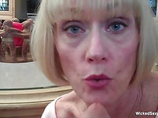 Sloppy facial cumshot For unexperienced marvelous GILF