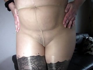 Platinum-blonde plumper in stockings