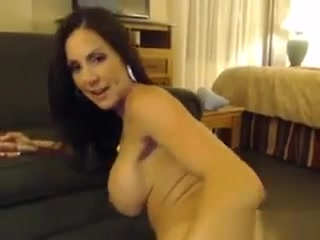Bare cougar With High stilettos On