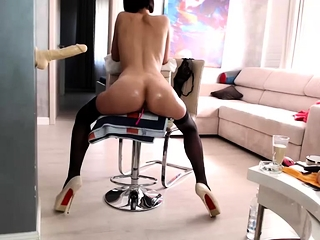 Thick donk brown-haired enjoys to jack with fuck stick