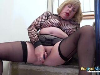 EuropeMaturE brit female Solo Masturbation 1::Big jugs,16::Mature,25::Masturbation,38::HD,49::BBW