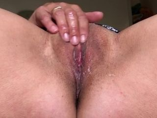 Slow maneuverability masturbation|6::Amateur,20::MILF,25::Masturbation,38::HD,46::Verified Amateurs