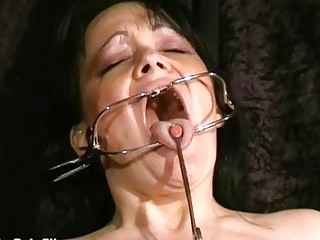 Face punished mature slave Chinas dental gagged sa