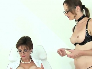 Unfaithful uk mature nymph sonia uncovers her large hooters7