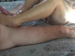 Wifey gives me a oily solejob, soles wank, toejob and I spunk on her soles