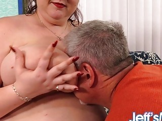 Fat mother with gigantic all-natural bra-stuffers Shanelle Savage Gets adored and humped