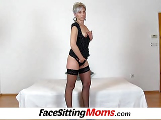 Hot stocking legs lady Beate old young facesitting