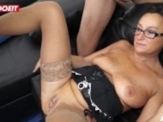 """LETSDOEIT - Italian Mature wifey Gets collective With Friends"""
