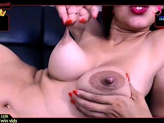 Housewife Alina toys with big erect nipples