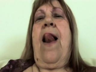 Blonde granny blowjob younger big dong fucking