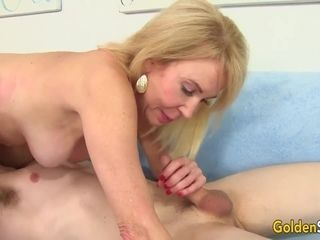 Junior stud enjoyments crazy grannie Erica Lauren with Tongue and fuckpole