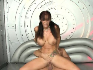 Bodacious mature lady has a hard prick making her pussy happy and wet