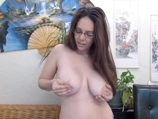 Tiger self tit From SEXDATEMILF.COM sucking and lactation