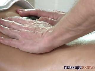 Massage Rooms Sexy Milf Silvia enjoys studs big cock in her horny wet hole