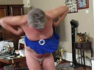 Horny slut in front of cam