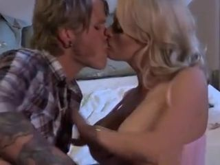 2 Sexual honies Get liking fuck-holes gobbled And romped By stud