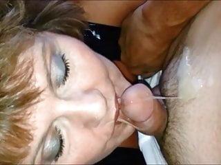 Scorching grandma making jizz penis in a unusual way